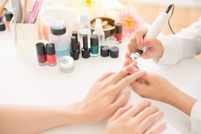 Best nail art salon manicure