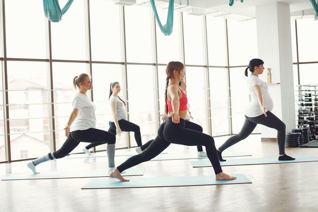 best prenatal yoga classes