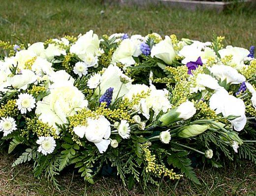 Best Condolences Flower Singapore